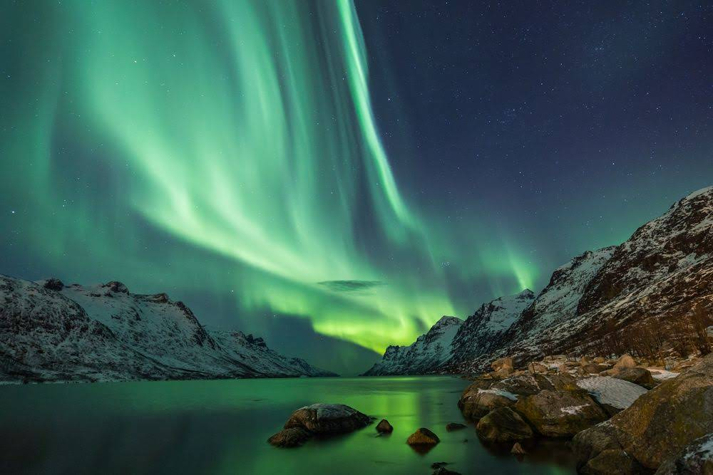 northern-lights-where-to-see-the-in-iceland-for-alaska-plans-17