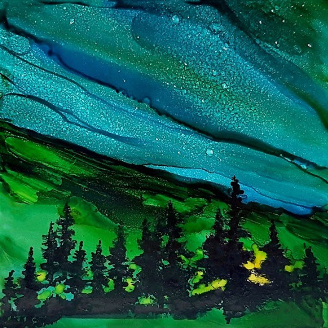 Northern-Lights-with-Campfire